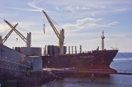 Ship mooring at Lascelles Wharf